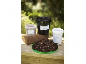 Image of Wormery/Compost Starter Kit includes 1kg worms