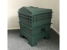 Image of The Green Wormery, made from 100% recycled plastic